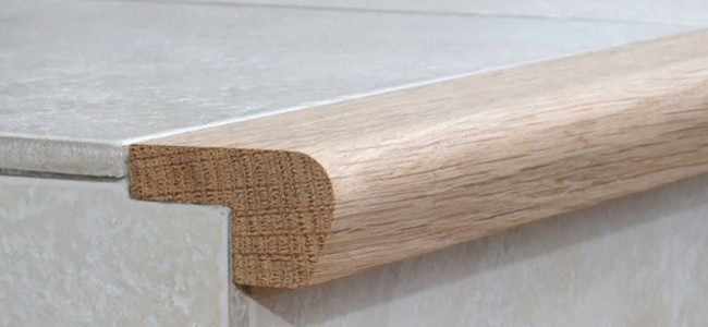 Nez de Marche d'escalier en bois